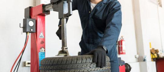 machine à pneu